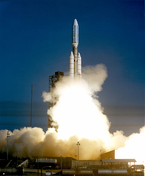 Start Atlas 3 Rakete mit Voyager 1 an Board